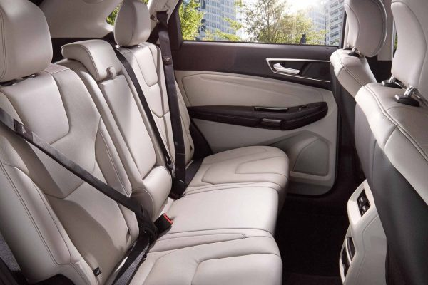 how much passenger space is there in the 2018 ford edge. Black Bedroom Furniture Sets. Home Design Ideas