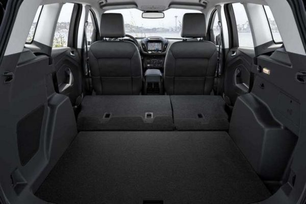 How much passenger space is there in the 2018 Ford Escape?
