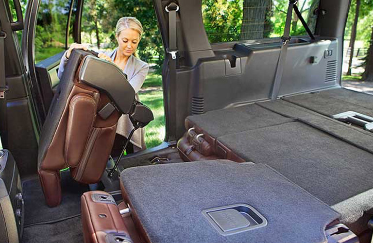 folding seats in the 2017 Ford Expedition