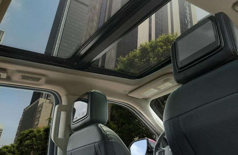 2021 Ford Expedition has panoramic vista view