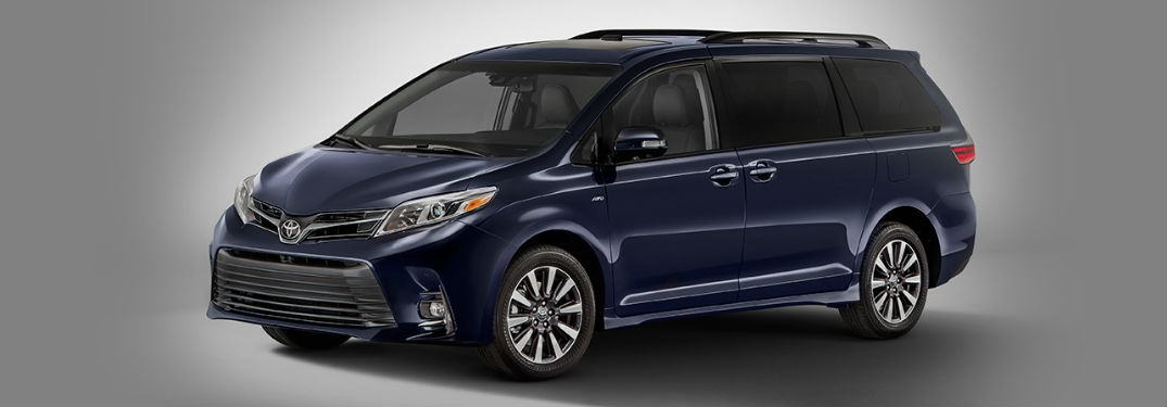2018 Toyota Sienna in blue