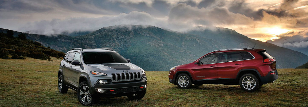 What colours are available for the Jeep Cherokee exterior?
