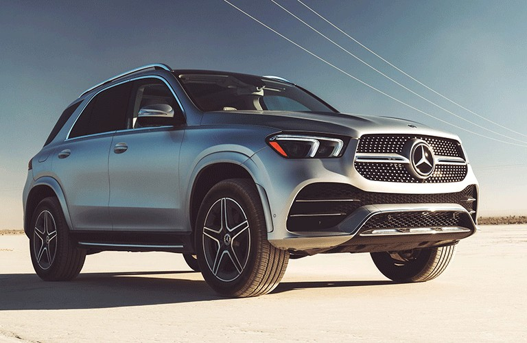 2021 Mercedes-Benz GLE front and side profile`