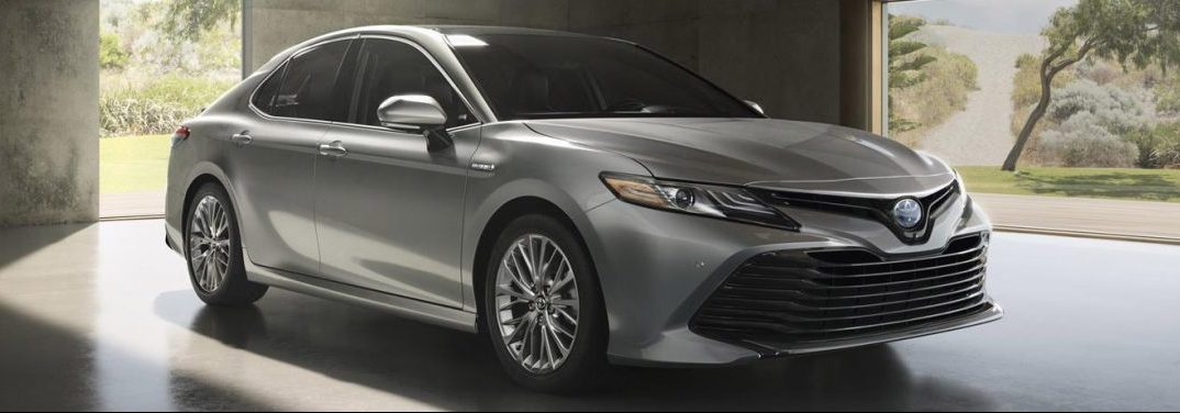 2018 Toyota Camry exterior front