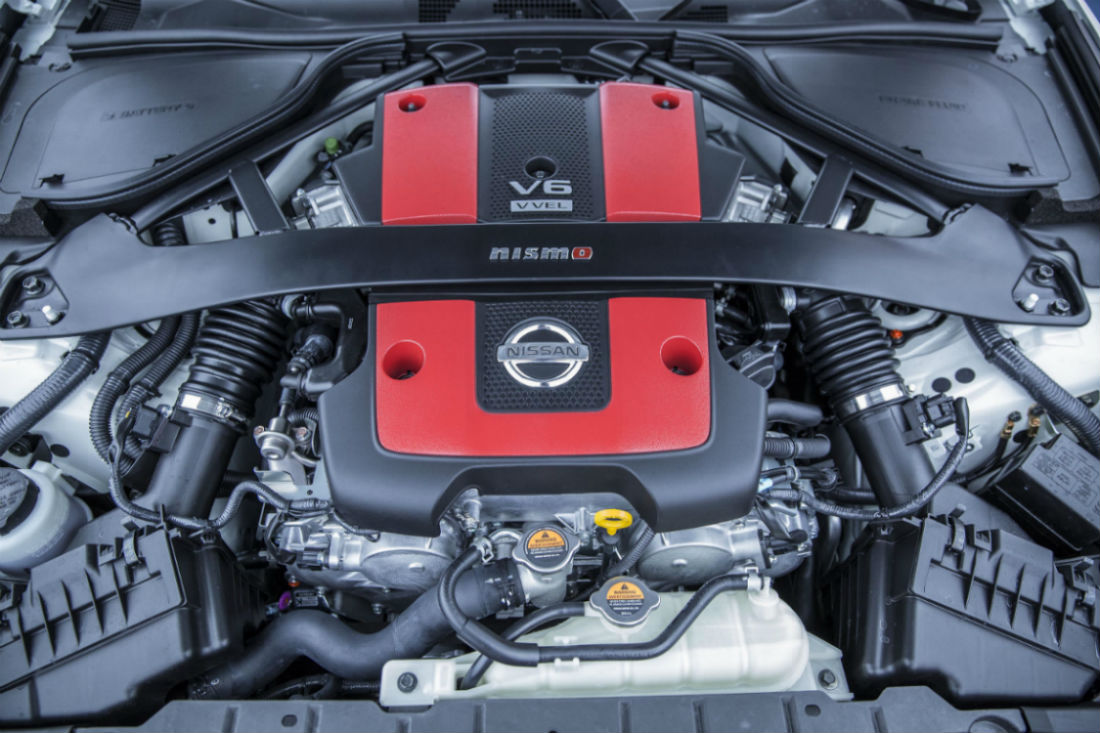 A Look Under The Hood At The 3.7L V6 Engine Of The 2017 Nissan 370Z