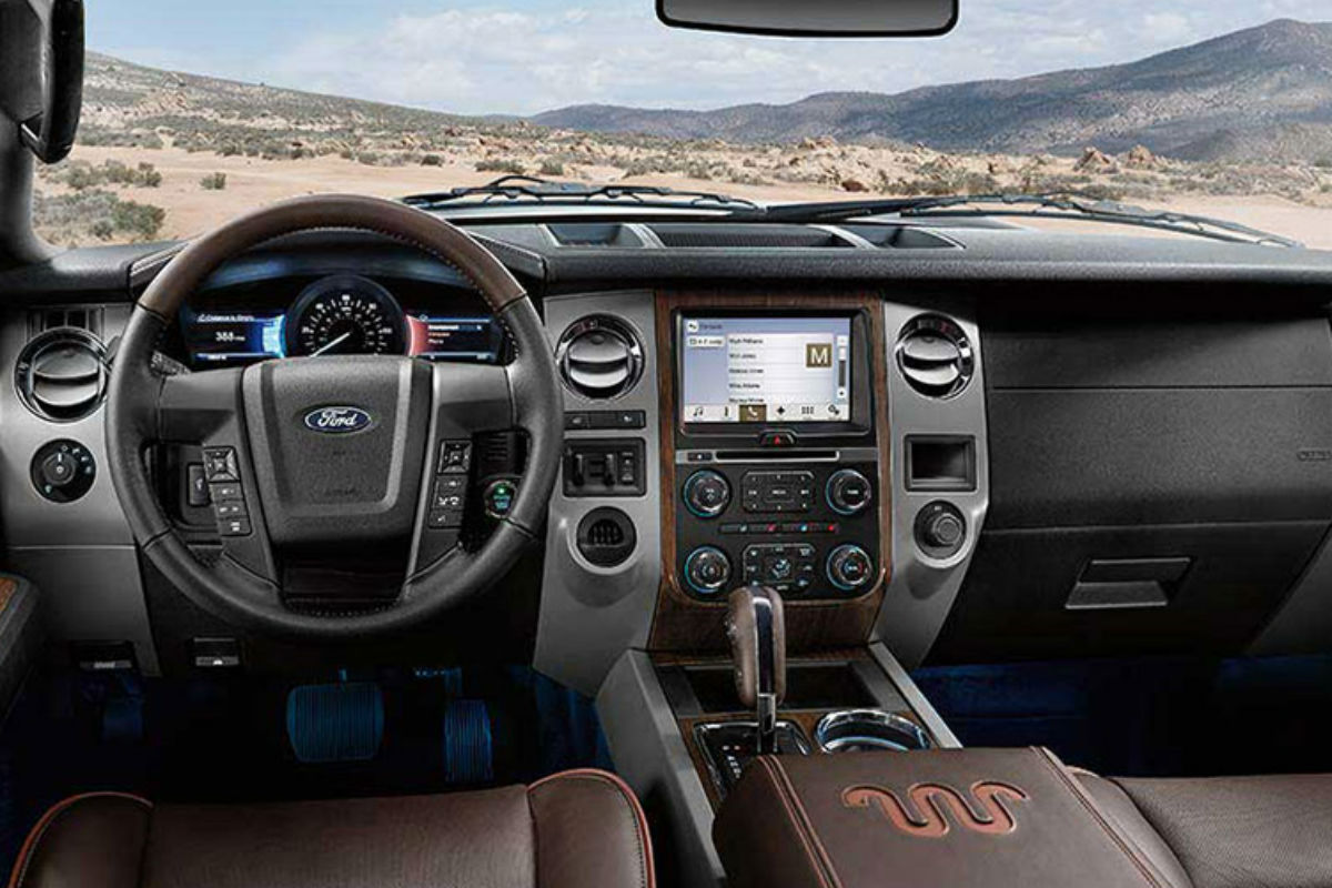 Driver's cockpit of the 2017 Ford Expedition