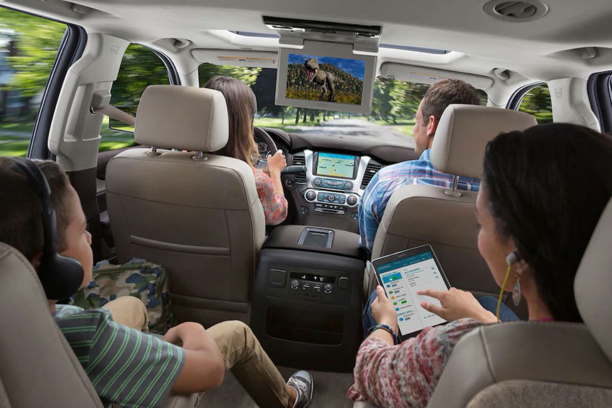 How Many People Can Fit Inside the 2018 Chevy Suburban?