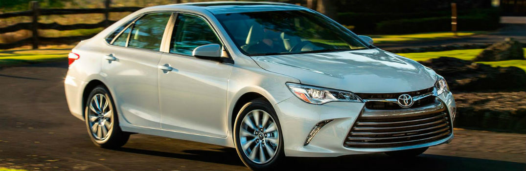 How to use Toyota HomeLink® in the Camry