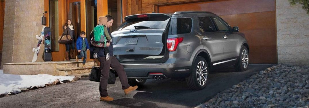 how many passengers can fit in the 2018 ford explorer. Black Bedroom Furniture Sets. Home Design Ideas