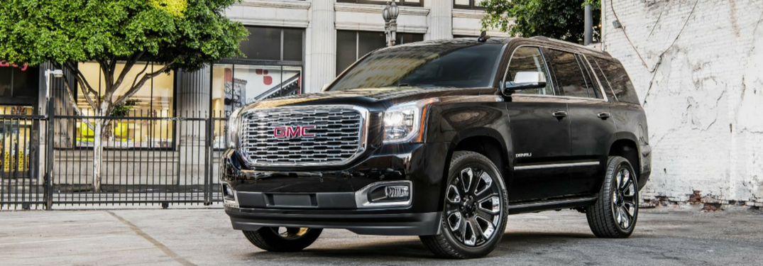 2018 GMC Yukon Ultimate Black Edition front side view