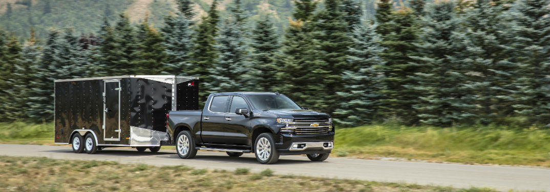 2019 Chevrolet Silverado 1500 Engineering and Capabilities with image of one towing a trailer