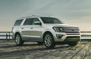White 2019 Ford Expedition
