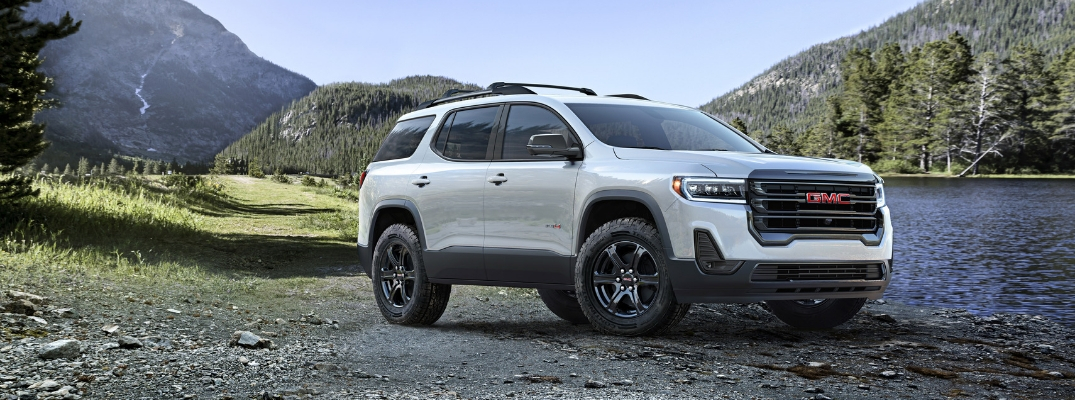 White 2020 GMC Acadia AT4