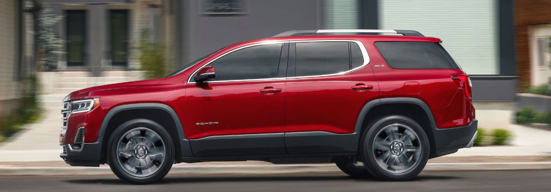 2020 GMC Acadia side profile