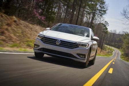 2019 Volkswagen Jetta Digital Cockpit Features & Controls