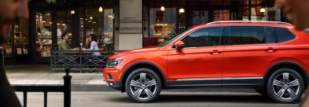 2019 Volkswagen Tiguan parked in front of a shop