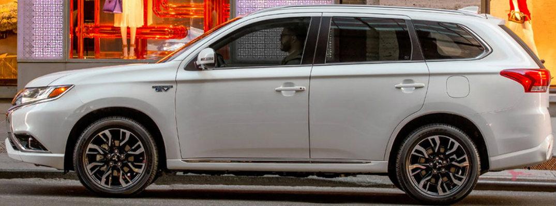 Side profile of white 2018 Mitsubishi Outlander PHEV