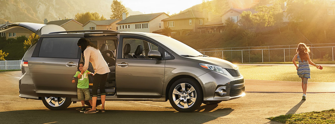 How much passenger room does the 2017 Toyota Sienna have?