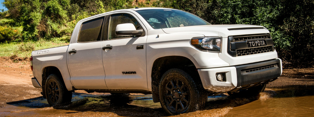 What are the different trims for the 2017 Toyota Tundra?