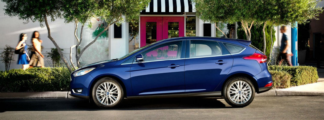 2017 ford focus features and options. Black Bedroom Furniture Sets. Home Design Ideas