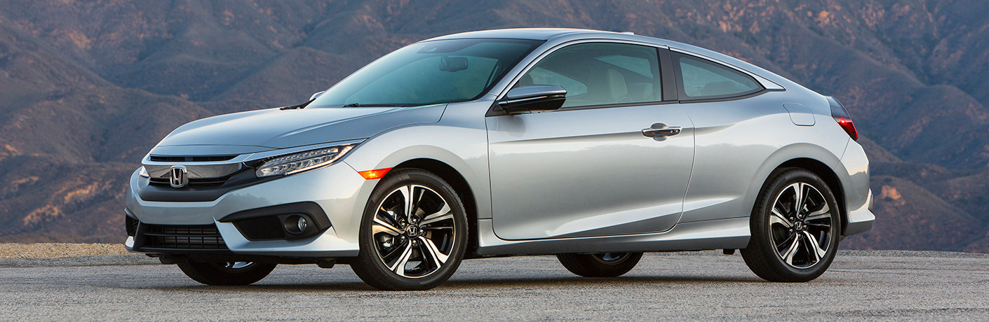 2017 Honda Civic Coupe Interior Volume and Sound System