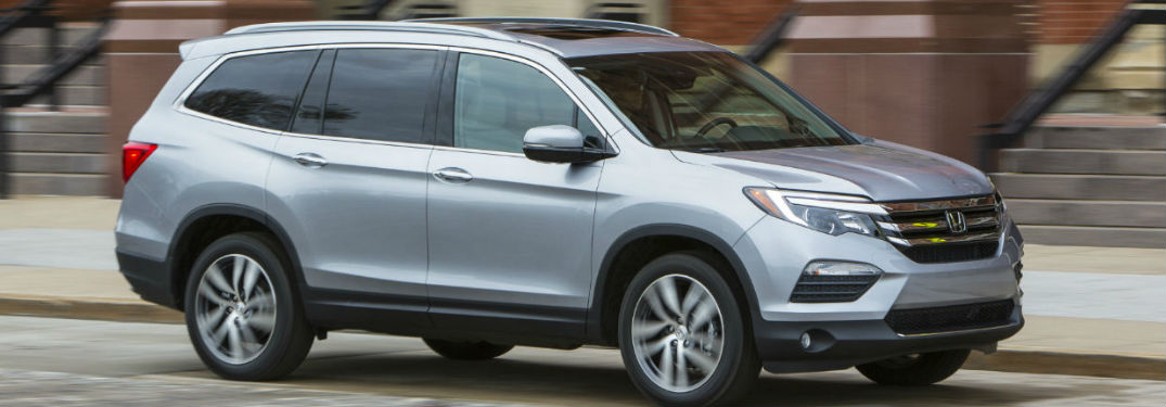 2018 Honda Pilot in gray
