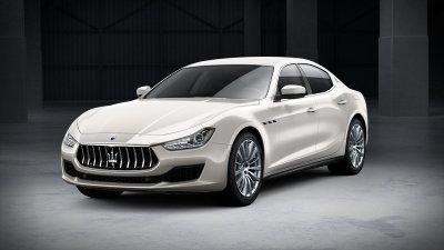 2018 Maserati Ghibli in Bianco Alpi