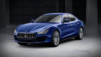 2018 Maserati Ghibli in Blu Emozione