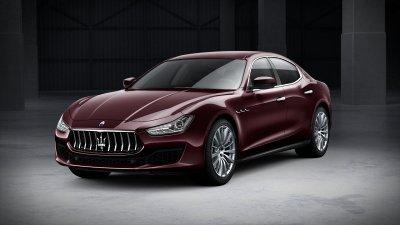 2018 Maserati Ghibli in Rosso Folgore