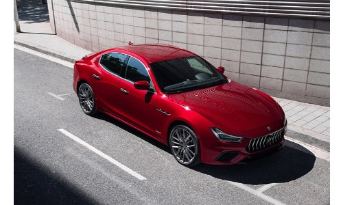 2019 Maserat Ghibli going city road