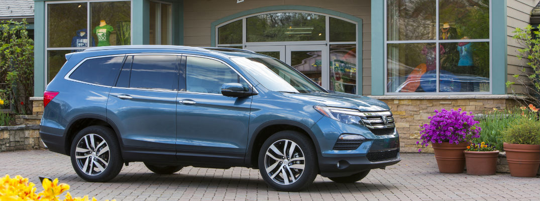 2019 Honda Pilot in Blue