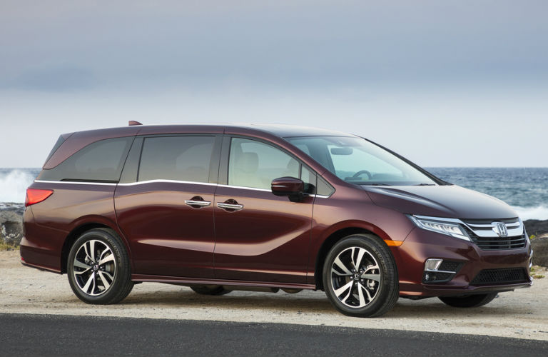 2018 Odyssey in Red - Side View