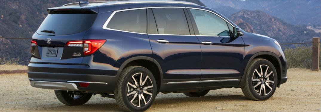 2019 Honda Pilot Elite in Blue