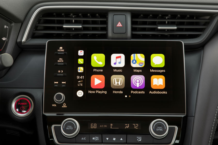 A photo of the touchscreen interface used by the 2020 Honda Insight.