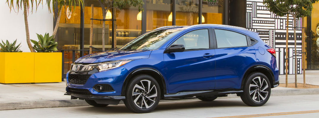 A left profile photo of the 2020 Honda HR-V.