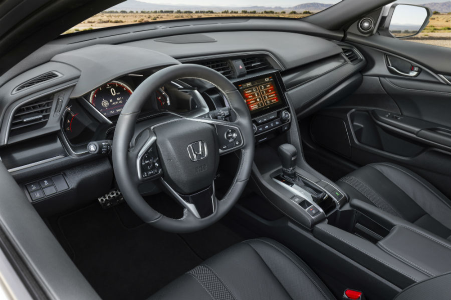 A photo of the front seats in the 2020 Honda Civic Hatchback.