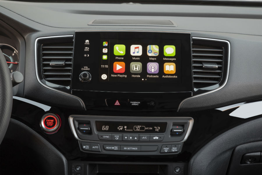 A photo of the touchscreen used in the 2021 Honda Passport showing smartphone applications.
