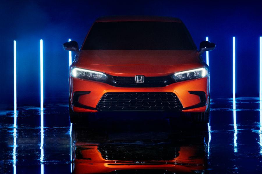 A head-on photo of the 2022 Honda Civic.