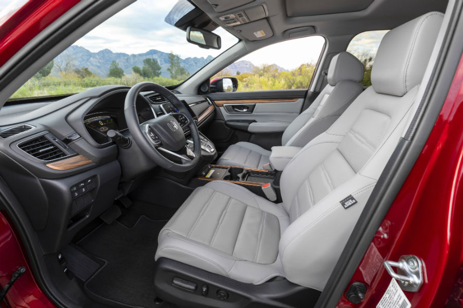 A photo of the front seats in the 2021 Honda CR-V Hybrid.