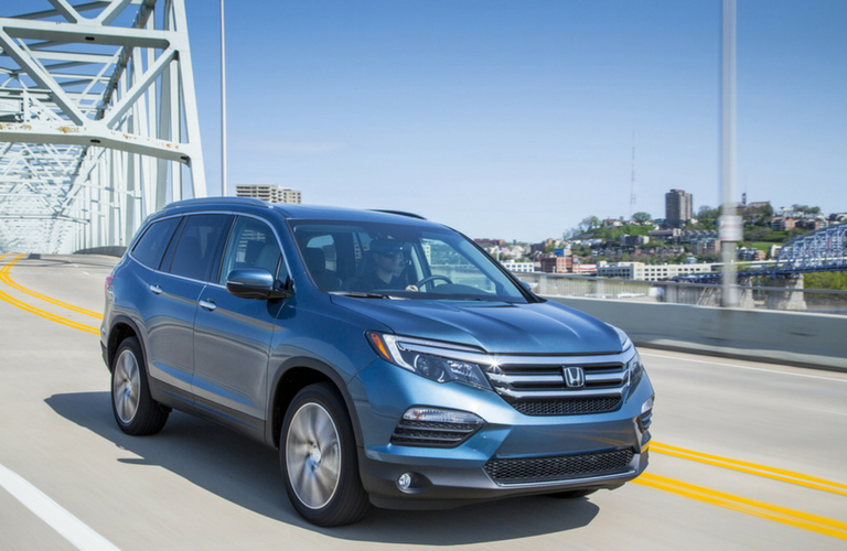 2018 Honda Pilot in blue