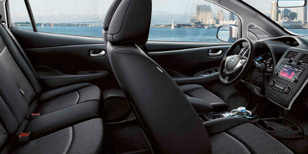 Technology And Driving Range Of The 2017 Nissan Leaf Interior