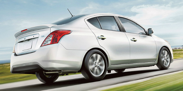 Differences Between a Sedan and a Hatchback Versa