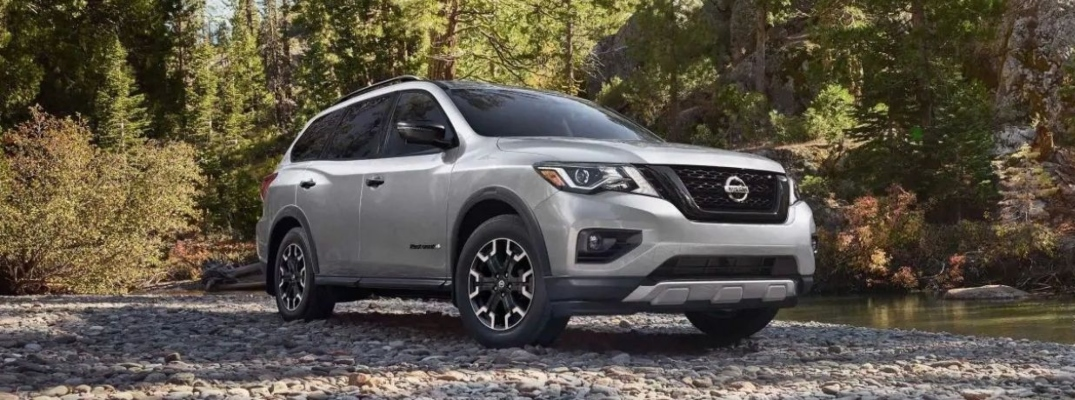 Exterior view of a silver 2019 Nissan Pathfinder