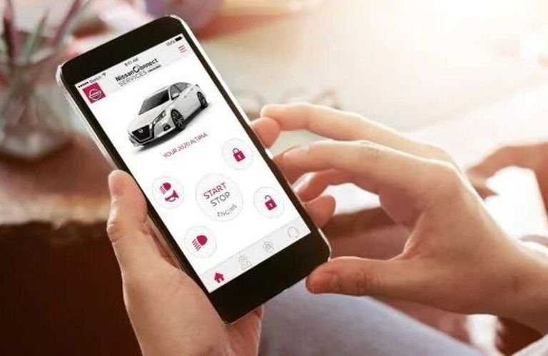 Image of the NissanConnect® mobile application to highlight Remote Access