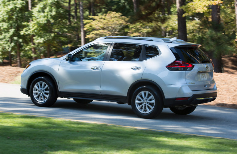 Exterior view of a silver 2017 Nissan Rogue
