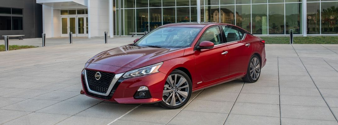 Why Were Two Nissan Sedans Highly Rated in Pedestrian Crash Prevention by the IIHS?