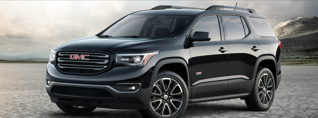 2018 GMC Acadia Parked in Front of Mountains