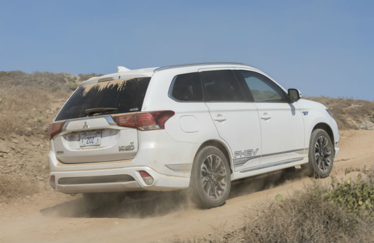 2018 Mitsubishi Outlander PHEV wit S-AWC driving in a desert
