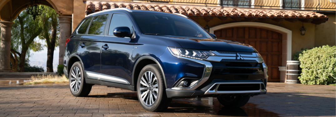 front and side view of blue 2019 mitsubishi outlander