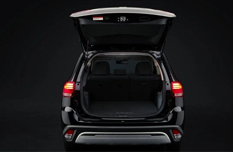 2020 Mitsubishi Outlander rear cargo hatch